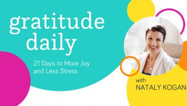 Gratitude Daily: 21 Day to More Joy and Less Stress